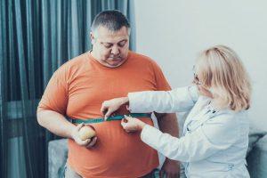 Врачи предупреждают: ожирение значительно ухудшает течение коронавируса