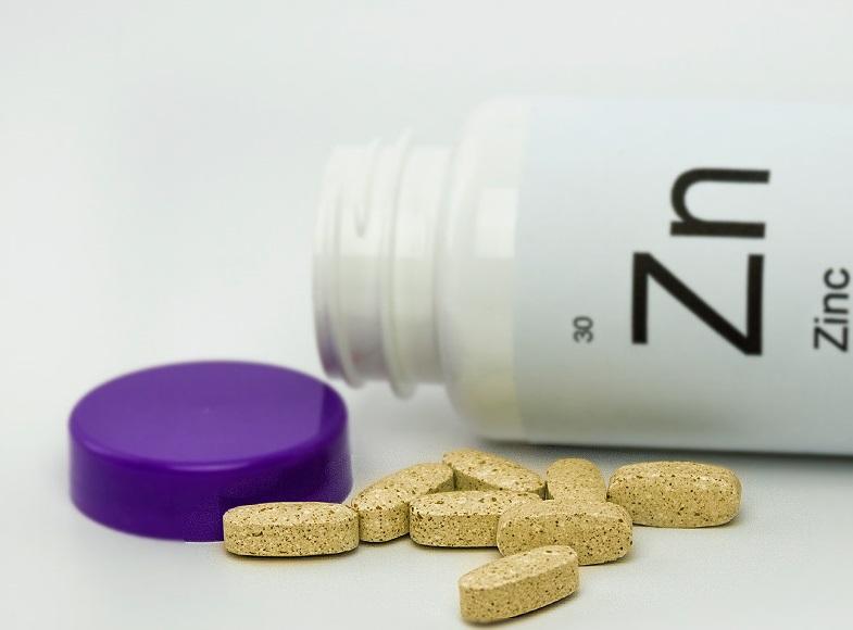 Помогают ли при COVID-19 витамины С, D и цинк?